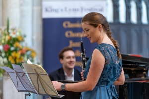 Hannah Condliffe (oboe) and Dominic Doutney (piano) perform Telemann and Saint-Saens - Online Cocktail Concert Series